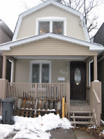Need to repair the roof in small house in East York