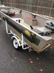 16 ft wide beam very stable fishing boat with 25 HP Yamaha