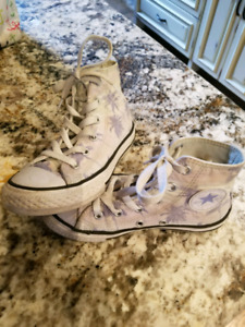 Kids chuck Taylor's! Almost new.