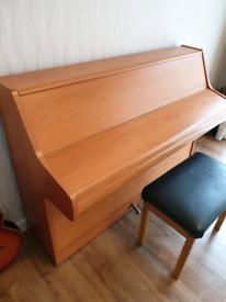 Bentley Small Upright Piano