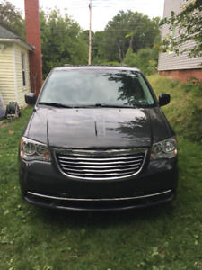2012 Chrysler Town and Country Van 3.6L in Amherst, NS