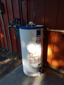 2008 John Wood 40 gal natural draft water heater