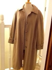 Beautiful Vintage Jonelle cashmere and wool coat 14-16