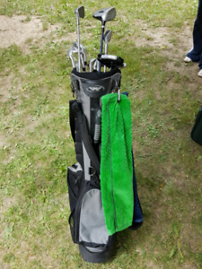 Golf set with clubs and bag