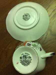 "Rare Vintage ""The Queens Beasts"" Tea Cup and Saucer Edmonton Edmonton Area image 4"