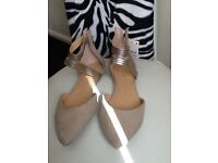 Shoes new size 5