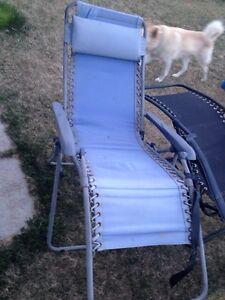 3 zero gravity lawn chairs