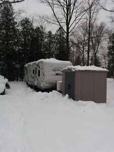 RV ROOF TOP SNOW REMOVAL IN CAMPGROUNDS London Ontario image 2