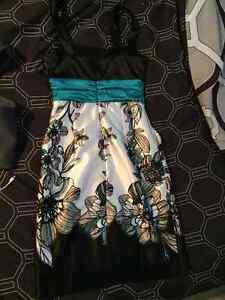 Women's Dress with pockets Peterborough Peterborough Area image 2