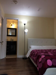 midtown subway room (short term only) kennedy/ellesmere