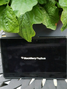 Blackberry playbook 32gb with leather zip case