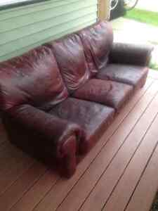 LEATHER SOFA, great color & quality Strathcona County Edmonton Area image 2