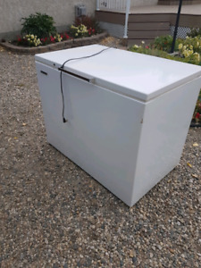 Deep freeze (not working) great for smoker