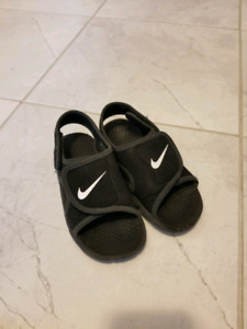 Boys nike sunray sandals