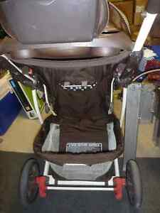 Graco Quattro Tour Stroller & Travelling System West Island Greater Montréal image 2