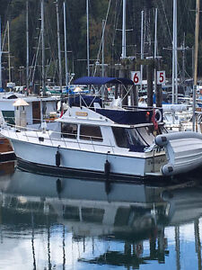 34' Diesel Trawler Bareboat Charter in Gulf Islands
