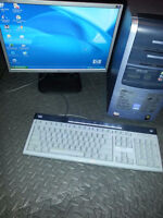 """HP desktop pc with 19"""" LG lcd monitor"""