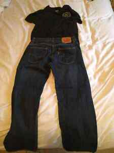 Jeans and T-shirt outfit size. Jeans fit 14R 27W 27L.