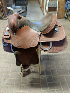 Western Saddle & Accessories