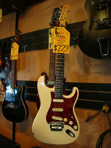 Fender Stratocaster   Made- in- Japan Audiomanie