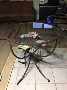 "Pier 1 Imports Round 28"" Glass Top Accent Table"