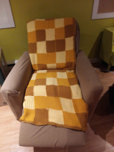 Free - 2 recliners