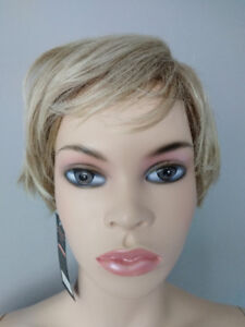 NEW WITH TAGS: Deluxe Pixie Short Blonde Highlighted Wig