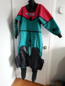 Womens WHITES HOT Drysuit and Under Garments- LOT.