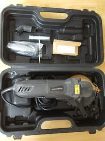 Boxed dual saw hardly used 1050W