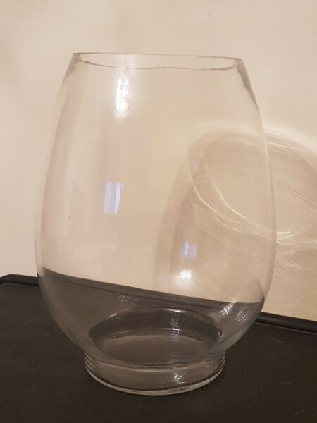 2 pieces Clear Glass Vase Upright K