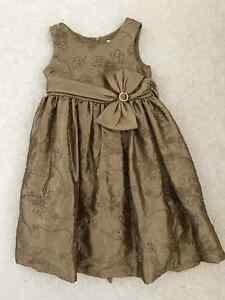 Girls's holiday dresses Belleville Belleville Area image 2