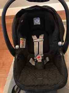 Peg Perego Car Seat and 2 x Car Seat Bases
