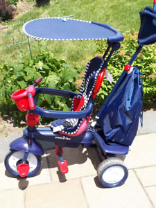Tricycle SmarTrike (bleu et rouge)