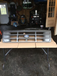 1996  Ford Pickup Grill