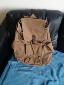 Hynes Eagle Vintage Large Canvas Backpack (Army Green)