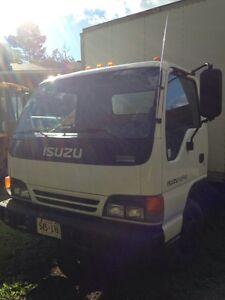 2004 Isuzu NPR Box Truck