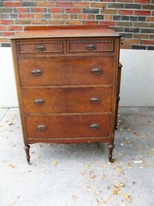 ANTIQUE REFINISHED DRESSER