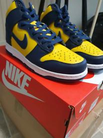 Nike Dunk air jordan 1 High Michigan Size 9.5 UK Two Available !!