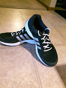 Adidas runners..size 9