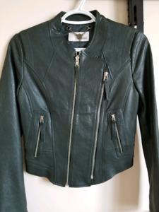 Women's genuine leather jacket. Like new.