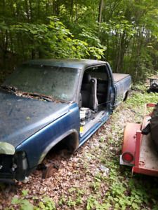 Parting out 01 chev silverado