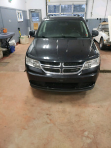 2011 Dodge Journey  7 seats