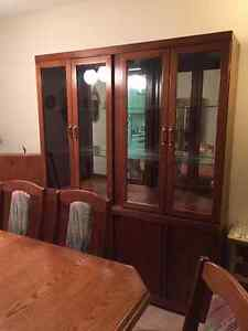 Moving - Price Reduced - Complete Dining Room Suite in Light Oak