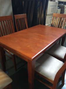 Dining set with table and 6 chairs