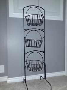 Stand with removable baskets
