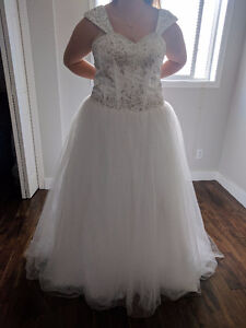 Tulle Ball Gown Size 12-14- Corset back Beaded Bodice