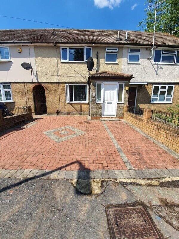 4 Bed House Available in Uxbridge, UB8 | in Uxbridge ...