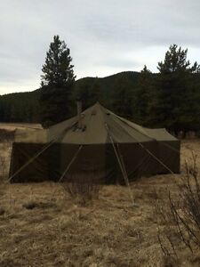 Wall tent (army)