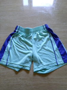 Assorted girls shorts !!