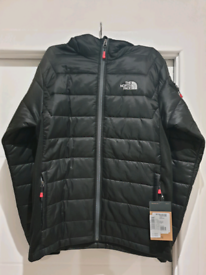 NEVER WORN: North Face Aconcagua Jacket